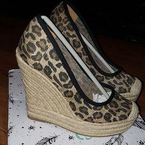 Leopard Butlap wedges!!👡NEW!!!
